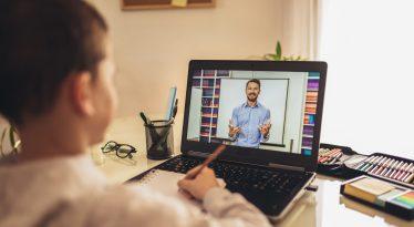 HP lanza una plataforma gratuita para las clases online