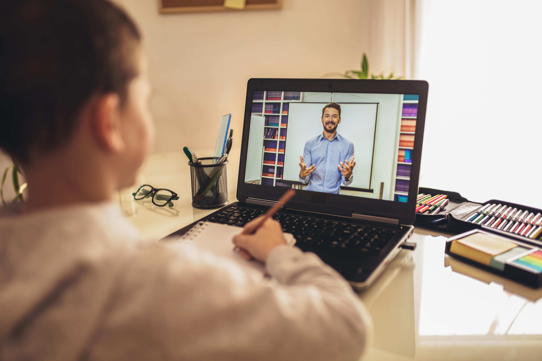 HP lanza una plataforma para apoyar la educación online
